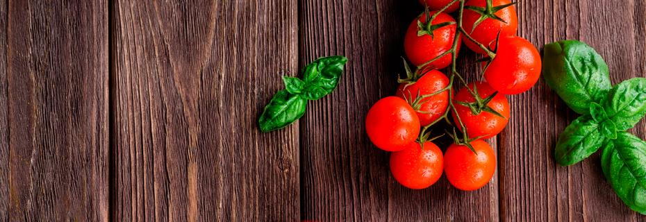 Fresh cherry tomatoes & basil
